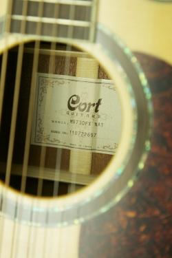 Cort MR730FX NAT