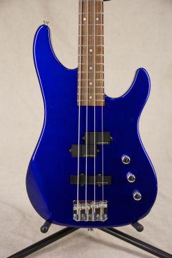 Fernandes PJ Bass