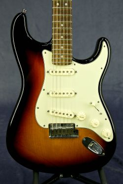 Fender Stratocaster (made in USA)